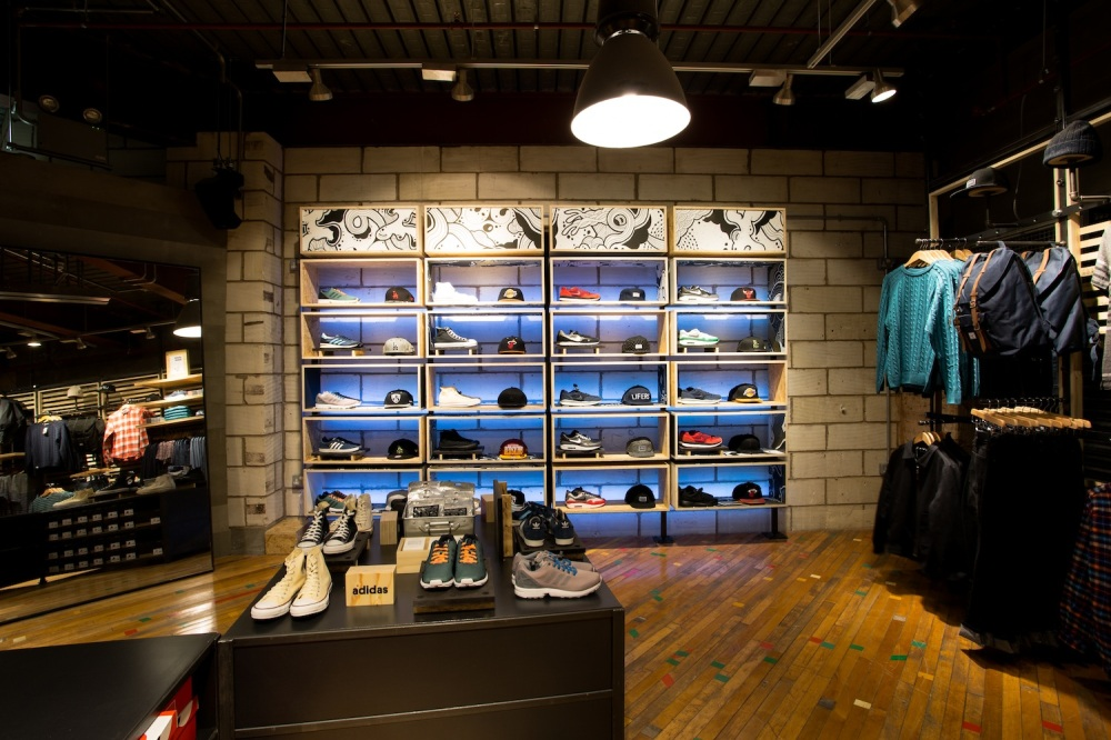 Alex-Fowkes_Urban-Outfitters-Leicester_2