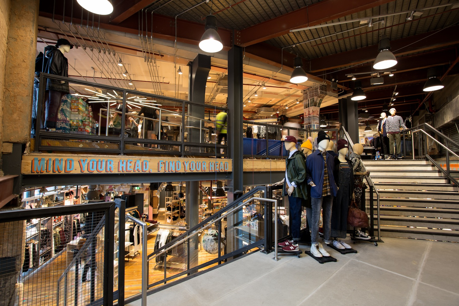 Urban outfitters for Interno 5 urban store